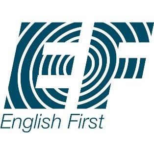 """Клиент центра """"Первая помощь"""" — English First"""